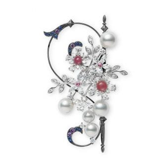 Jardin Mystérieux Conch and Akoya Cultured Pearl Brooch